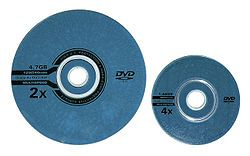 2 kinds of DVD discs